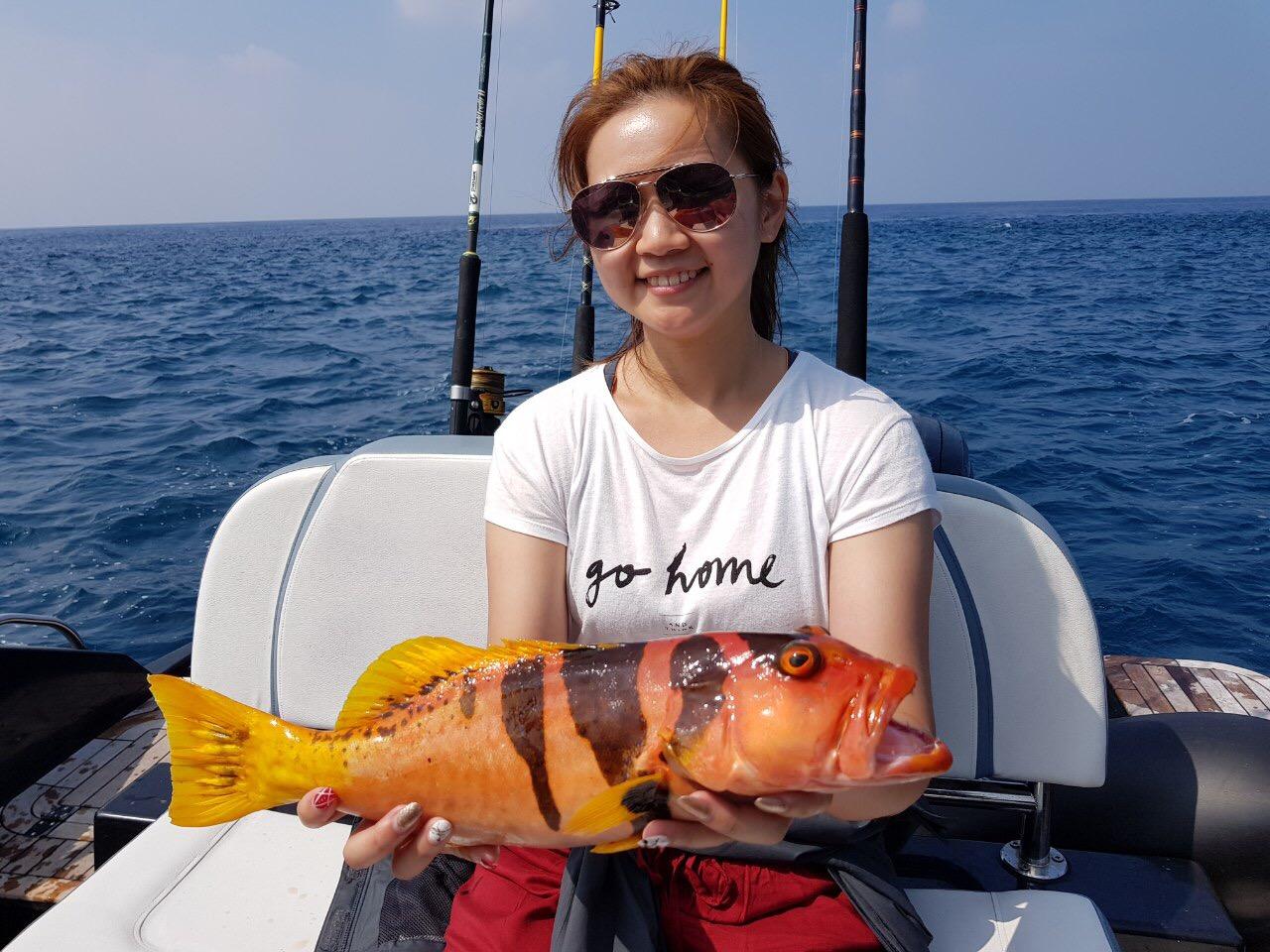 Game fishing in Maldives morning trolling jack mackeral